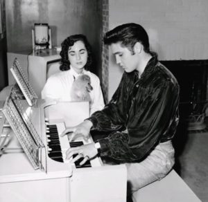1956-october-18-barbara-hearn-elvis-sweet-pea