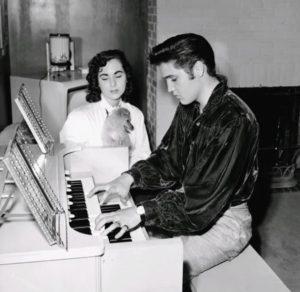 1956-october-18-barbara-hearn-elvis-sweet-pea