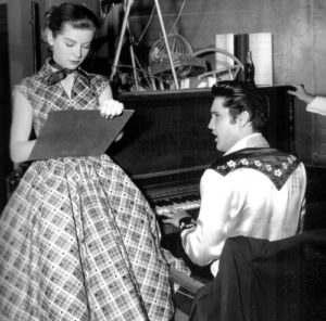 1957-Loving you-2