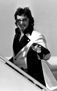 1976-march22-boarding-lisa-marie-leaving-cincinnati-oh-4